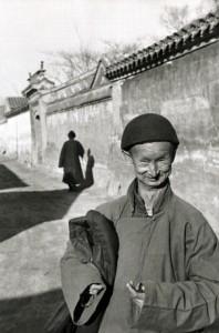 2_Eunuco della corte imperiale dell'ultima dinastia, Pechino, 1949_© Henri Cartier-BressonMagnum PhotosContrasto