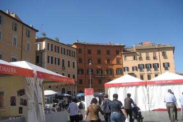 Roma si libra